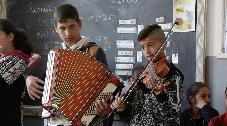 L'école de Rosia en Transylvanie